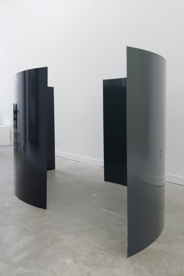 Dressed the same from the Achilles tendon upwards (black and blue), 2015